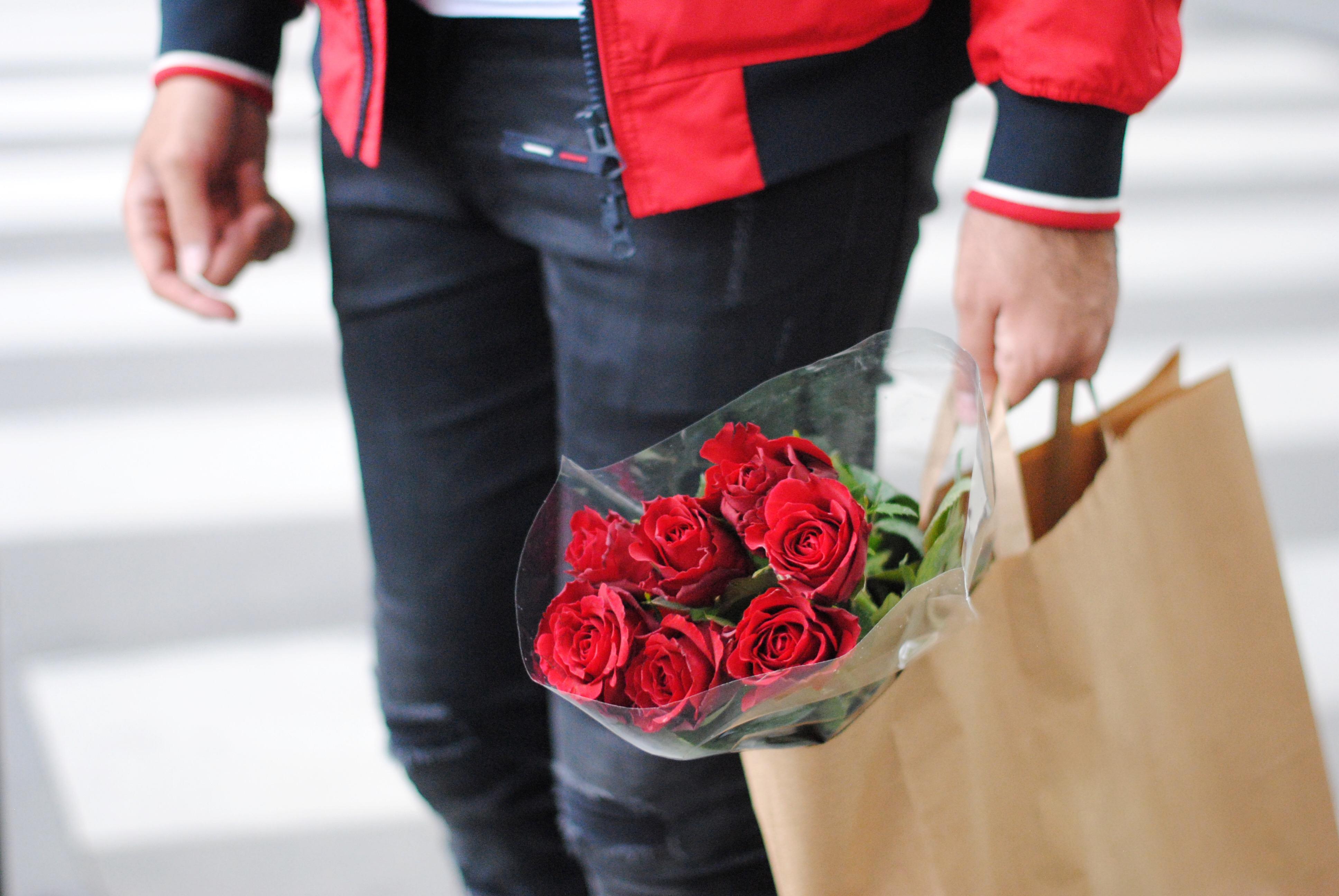 Kubilay Sakarya Paris Çiçekelr