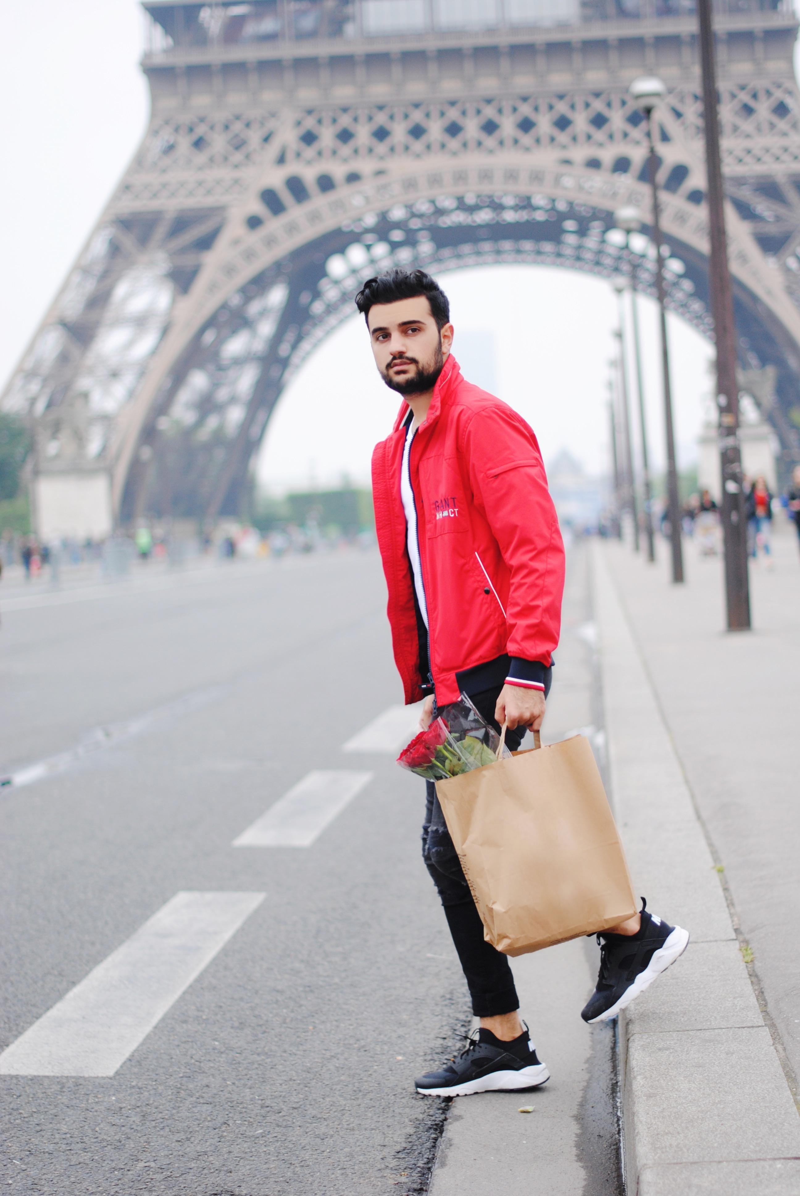 Kubilay Sakarya Paris