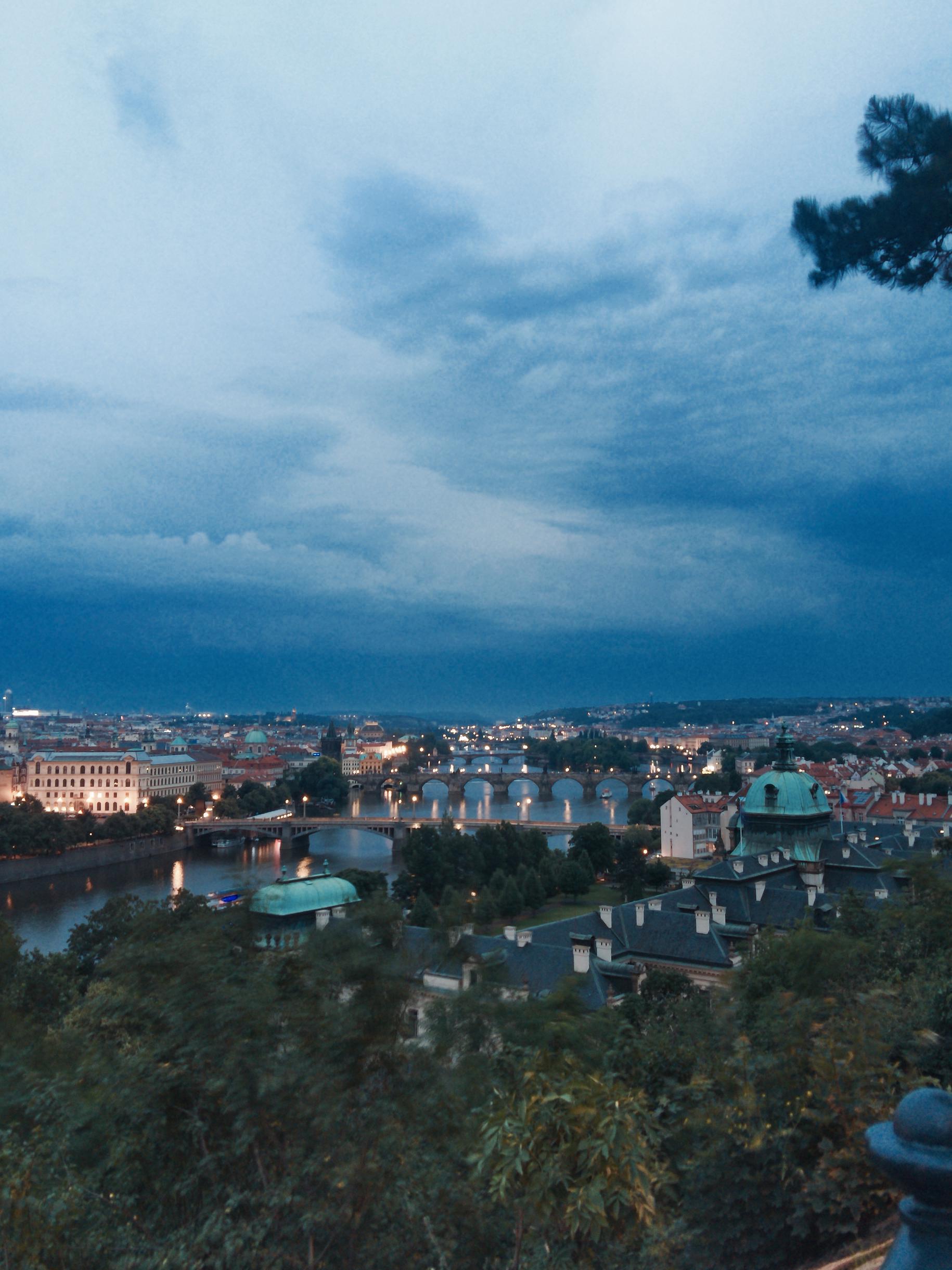 Prag Gece Manzarası