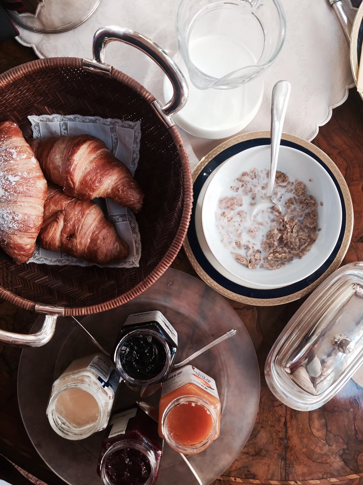 milano-breakfast