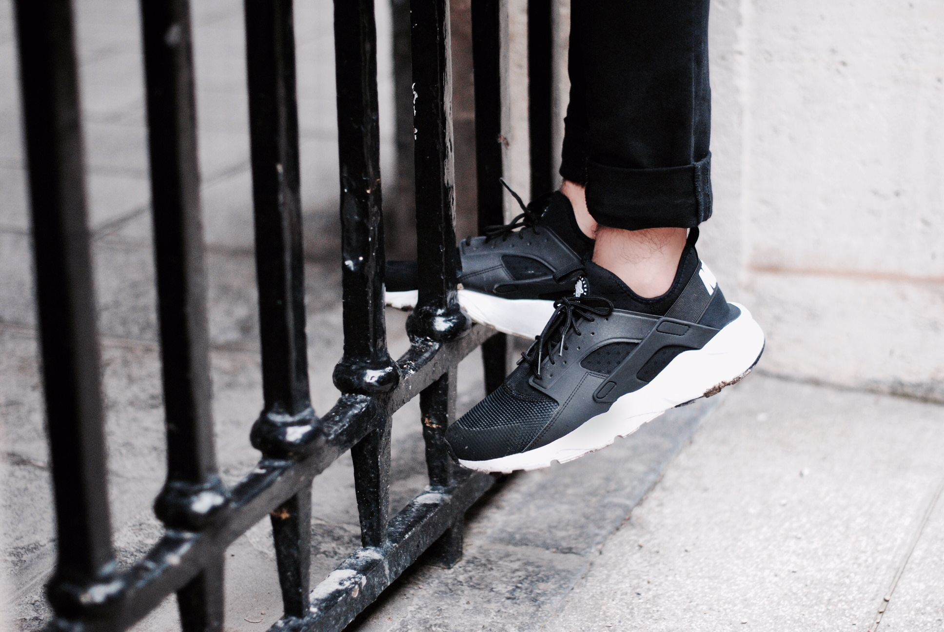paris-superstep-nike-sneaker